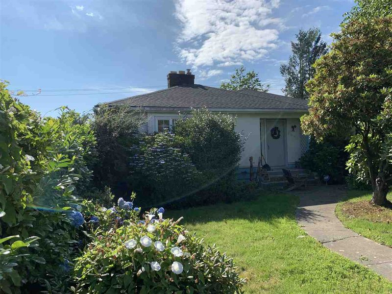 FEATURED LISTING: 7441 GRANVILLE Street Vancouver