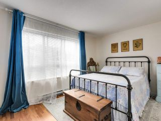 """Photo 17: 2774 ALMA Street in Vancouver: Kitsilano Townhouse for sale in """"Twenty On The Park"""" (Vancouver West)  : MLS®# R2501470"""