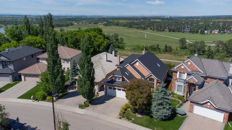 FEATURED LISTING: 25 Mt Alberta View Southeast Calgary