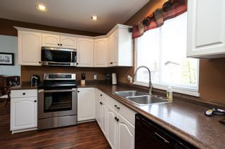 Photo 7: 26879 24A Avenue in Langley: Aldergrove Langley House for sale : MLS®# R2248874