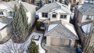 Photo 2: 16 Sienna Heights Way SW in Calgary: Signal Hill Detached for sale : MLS®# A1067541