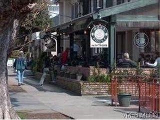 Photo 19: 101 1050 Park Blvd in VICTORIA: Vi Fairfield West Condo for sale (Victoria)  : MLS®# 570311