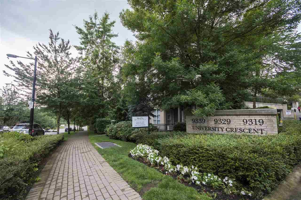 """Main Photo: 314 9339 UNIVERSITY Crescent in Burnaby: Simon Fraser Univer. Condo for sale in """"HARMONY BY POLYGON"""" (Burnaby North)  : MLS®# R2087495"""