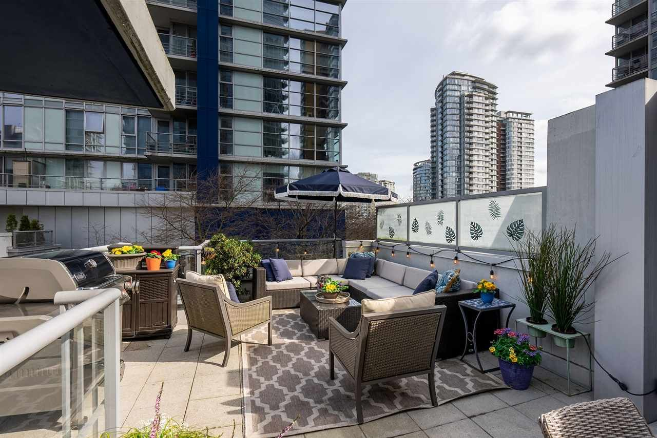 "Main Photo: 139 REGIMENT Square in Vancouver: Downtown VW Townhouse for sale in ""Spectrum 4"" (Vancouver West)  : MLS®# R2556173"