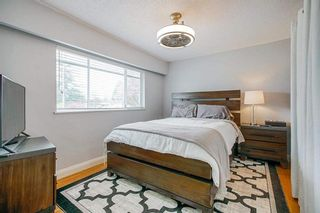 """Photo 19: 15054 CANARY Drive in Surrey: Bolivar Heights House for sale in """"Birdland"""" (North Surrey)  : MLS®# R2576273"""