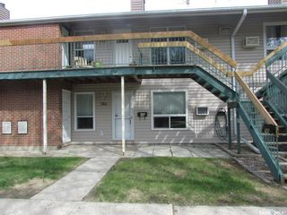 Photo 2: A 74 Nollet Avenue in Regina: Normanview West Residential for sale : MLS®# SK840729