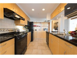"""Photo 10: # 3002 1199 MARINASIDE CR in Vancouver: Yaletown Condo for sale in """"Aquarius Mews"""" (Vancouver West)  : MLS®# V1029094"""