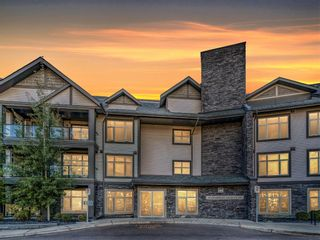 Main Photo: 201 15 Aspenmont Heights SW in Calgary: Aspen Woods Apartment for sale : MLS®# A1151389