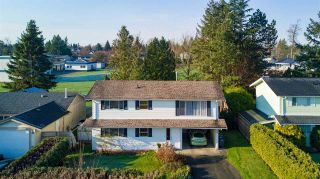 """Photo 1: 6105 175A Street in Surrey: Cloverdale BC House for sale in """"Cloverdale"""" (Cloverdale)  : MLS®# R2230143"""