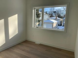 Photo 3: 718 Kylemore Avenue in Winnipeg: Lord Roberts Residential for sale (1Aw)  : MLS®# 202106421