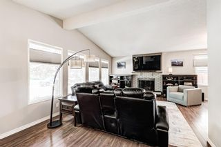 Photo 13: 459 Queen Charlotte Road SE in Calgary: Queensland Detached for sale : MLS®# A1122590
