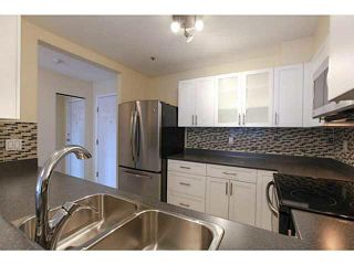 """Photo 2: 201 2340 HAWTHORNE Avenue in Port Coquitlam: Central Pt Coquitlam Condo for sale in """"BARRINGTON PLACE"""" : MLS®# V1119321"""