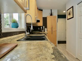 Photo 6: 10108 B 103 Street: Morinville House Half Duplex for sale : MLS®# E4259184