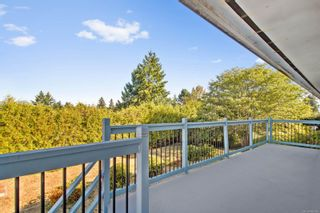 Photo 3: 1129 S Alder St in : CR Willow Point House for sale (Campbell River)  : MLS®# 886145