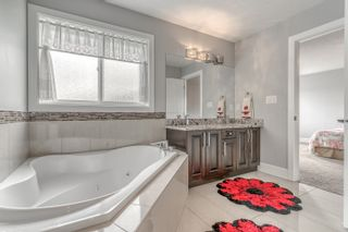 Photo 36: 804 ALBANY Cove in Edmonton: Zone 27 House for sale : MLS®# E4265185