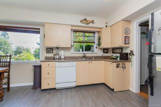 Photo 7: 1 752 Lampson St in Esquimalt: Es Rockheights House for sale : MLS®# 761678
