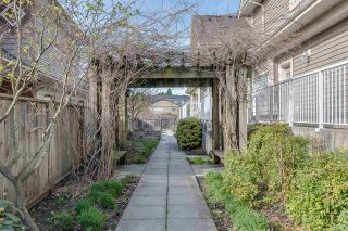 """Photo 16: 5 621 LANGSIDE Avenue in Coquitlam: Coquitlam West Townhouse for sale in """"Evergreen"""" : MLS®# R2355835"""