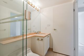"""Photo 31: 2002 1500 HORNBY Street in Vancouver: Yaletown Condo for sale in """"888 BEACH"""" (Vancouver West)  : MLS®# R2461920"""