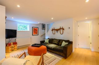 Photo 25: 3041 E 2ND AVENUE in Vancouver: Renfrew VE House for sale (Vancouver East)  : MLS®# R2456098