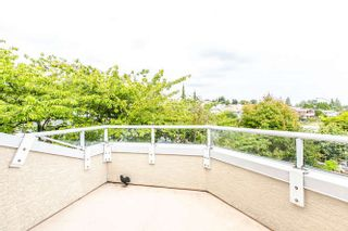 Photo 4: 8 249 E 4th Street in North Vancouver: Lower Lonsdale Townhouse for sale : MLS®# R2117542
