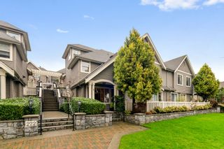 """Photo 1: 3 222 E 5TH Street in North Vancouver: Lower Lonsdale Townhouse for sale in """"BURHAM COURT"""" : MLS®# R2527548"""