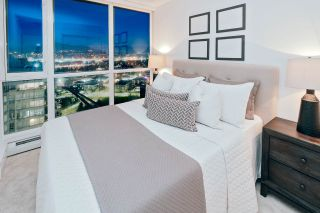 """Photo 9: 2408 10777 UNIVERSITY Drive in Surrey: Whalley Condo for sale in """"City Point"""" (North Surrey)  : MLS®# R2543029"""