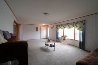 Photo 5: 45098 McCreery Road in Treherne: House for sale : MLS®# 202113735