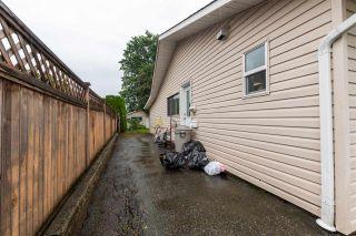 Photo 4: 7242 EVANS Road in Chilliwack: Sardis West Vedder Rd Duplex for sale (Sardis)  : MLS®# R2500914