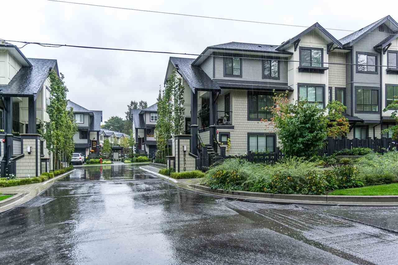 """Photo 2: Photos: 60 8570 204 Street in Langley: Willoughby Heights Townhouse for sale in """"WOODLAND PARK"""" : MLS®# R2225688"""