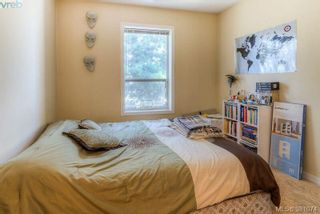 Photo 13: 304 1039 Caledonia Ave in VICTORIA: Vi Central Park Condo for sale (Victoria)  : MLS®# 765694