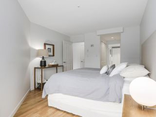 Photo 19: 211 2105 West 42nd Ave in The Brownstone: Home for sale