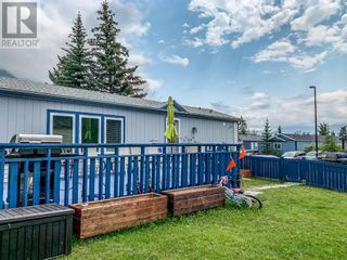 Photo 3: 53 GROTTO Way in Canmore: House for sale : MLS®# A1127225