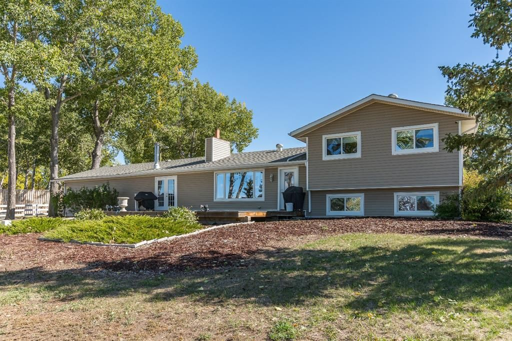 Main Photo: 370181 128 Street E: Rural Foothills County Detached for sale : MLS®# A1148186