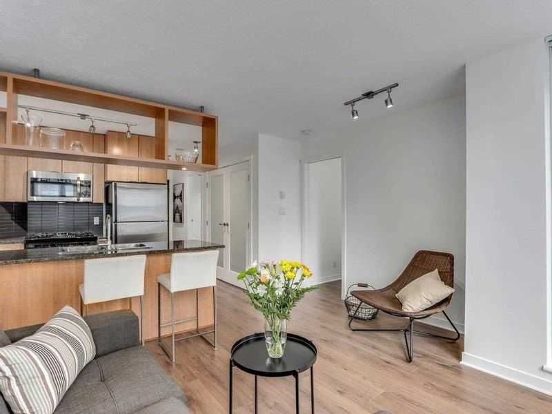 FEATURED LISTING: 1001 - 1010 RICHARDS Street Vancouver