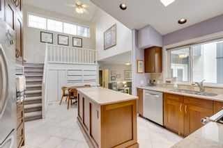 """Photo 10: 7789 KENTWOOD Street in Burnaby: Government Road House for sale in """"Government Road Area"""" (Burnaby North)  : MLS®# R2352924"""
