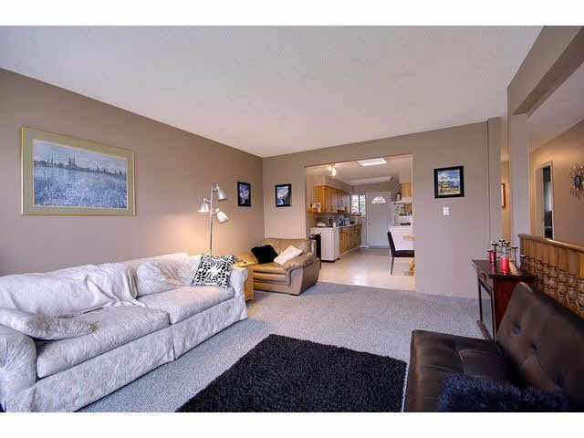 Photo 5: Photos: 1837 KING GEORGE Boulevard in Surrey: King George Corridor 1/2 Duplex for sale (South Surrey White Rock)  : MLS®# F1430326