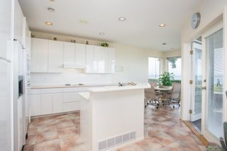 Photo 15: 2810 O'HARA Lane in Surrey: Crescent Bch Ocean Pk. House for sale (South Surrey White Rock)  : MLS®# R2593013