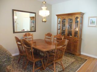 """Photo 4: 46 15868 85TH Avenue in Surrey: Fleetwood Tynehead Townhouse for sale in """"Chestnut Grove"""" : MLS®# F1315726"""