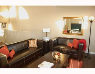 "Photo 3: 795 W 15TH Avenue in Vancouver: Fairview VW Townhouse for sale in ""WILLOW PLACE"" (Vancouver West)  : MLS®# V758859"