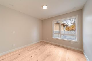 Photo 17: 944 Parkvalley Way SE in Calgary: Parkland Detached for sale : MLS®# A1153564