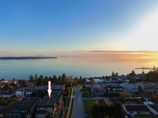 Photo 21: 1036 CYPRESS Street: House for sale in White Rock: MLS®# R2561944