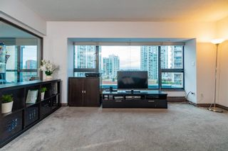 """Photo 5: 602 1177 PACIFIC Boulevard in Vancouver: Yaletown Condo for sale in """"PACIFIC PLAZA"""" (Vancouver West)  : MLS®# R2421306"""