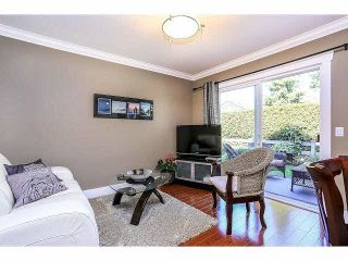 """Photo 12: 15053 27A Avenue in Surrey: Sunnyside Park Surrey Townhouse for sale in """"DAVENTRY"""" (South Surrey White Rock)  : MLS®# F1421884"""