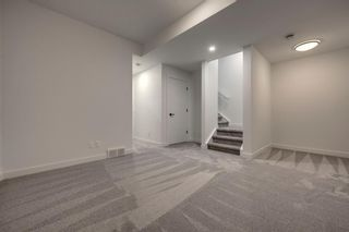 Photo 34: 60 19 Street NW in Calgary: West Hillhurst Semi Detached for sale : MLS®# A1120480