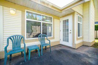 "Photo 16: 21 8555 209 Street in Langley: Walnut Grove Townhouse for sale in ""Walnut Grove"" : MLS®# R2374544"