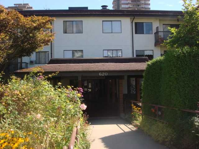 "Main Photo: 313 620 8TH Avenue in New Westminster: Uptown NW Condo for sale in ""THE DONCASTER"" : MLS®# V850099"