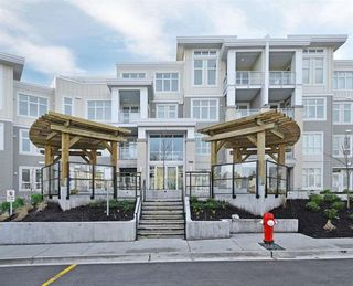Main Photo: 15436-31 av in SouthSurrey/WhiteRock: White Rock Condo for lease (Surrey)