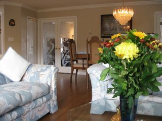 Photo 4: 11238 DUMBARTON Place in SURREY: Bolivar Heights Home for sale ()