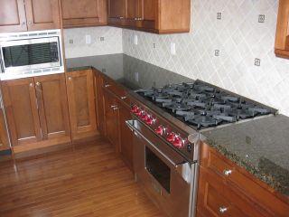 Photo 2: 303 15445 VINE Avenue: White Rock Condo for sale (South Surrey White Rock)  : MLS®# F1325300