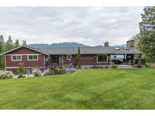 Photo 1: 8697 GRAND VIEW Drive in Chilliwack: Chilliwack Mountain House for sale : MLS®# R2577833